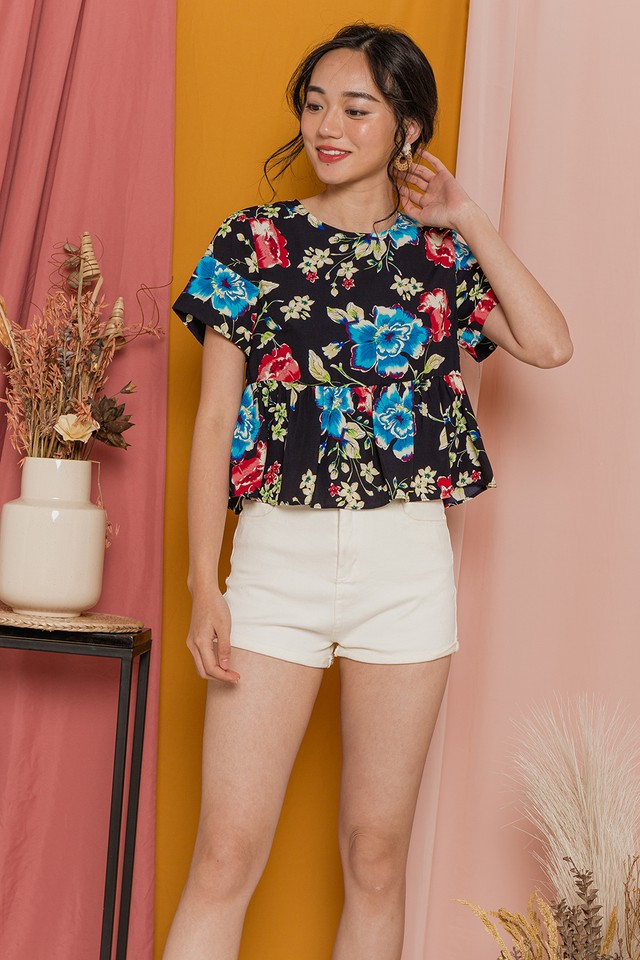 Glenda Top Black Floral