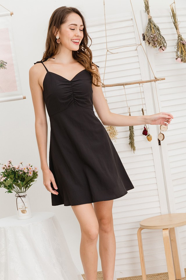 Carrie Dress Black